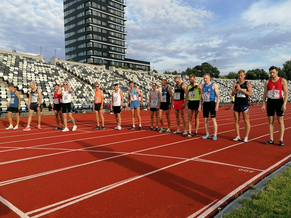 Eesti Staadionijooksusarja III etapp, 1000 m jooks. Foto: Kristjan Vares.